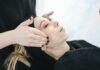 Co to jest peeling enzymatyczny, do jakiej skóry, jak stosować