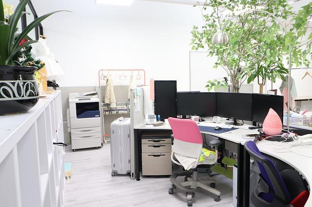 Jak wybrać odpowiedni fotel do biura?